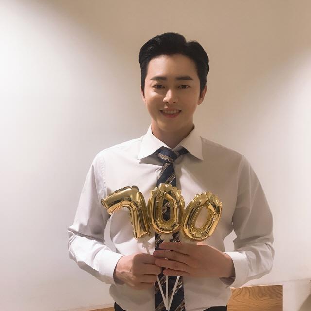 조정석, 영화 '엑시트' 700만 관객 돌파..1,000만 향한 거침없는 질주