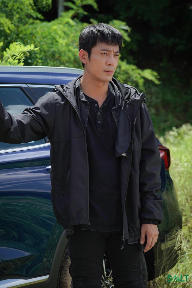 '60일, 지정생존자' 김주헌, 액션신 비하인드 공개 '35도 폭염 속 투혼'