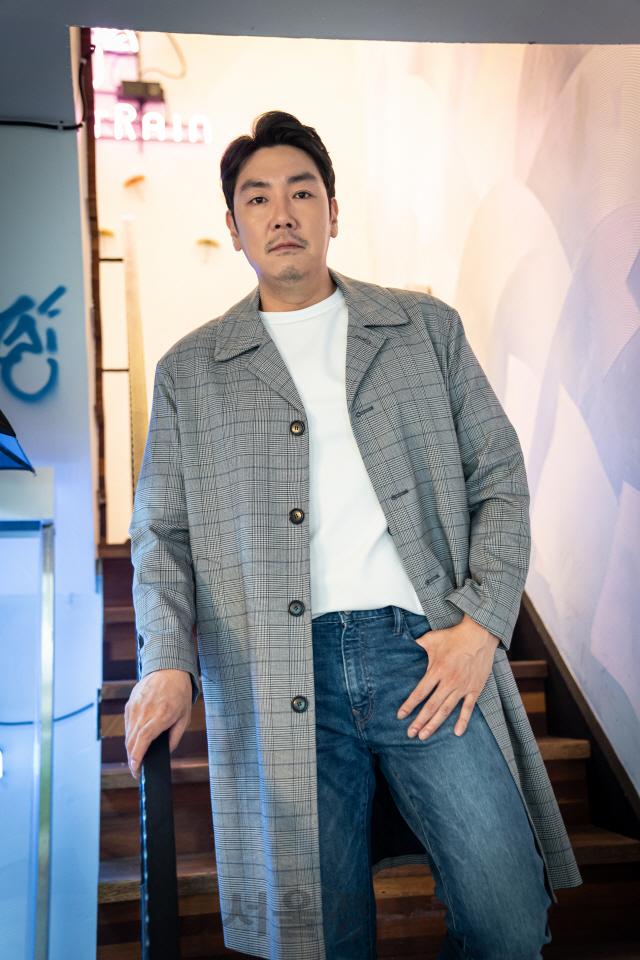 조진웅 '마음 위로하는 배우와 광대 많이 닮았죠 '
