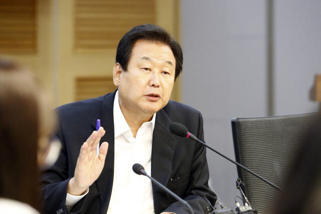 """김무성 """"보수통합, 유승민이 첫 대상 돼야"""""""
