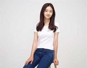 [공식] 김혜준, 영화 '싱크홀(가제)' 캐스팅..차승원·김성균·이광수와 호흡