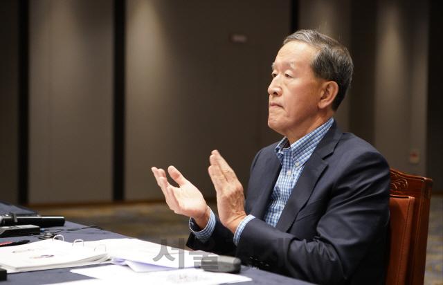 허창수 '저성장시대…해법은 Z세대·동남아'