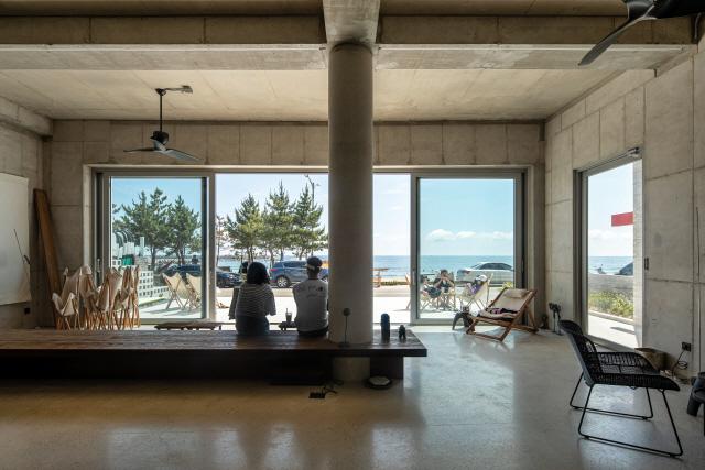 [건축과도시-카루나] 主·客·지역공동체가 함께 채워가는 '여백같은 건물'