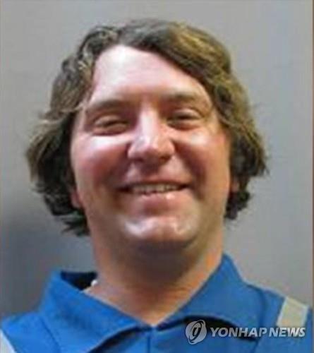 美텍사스 총격범 범행직전 해고 당했다