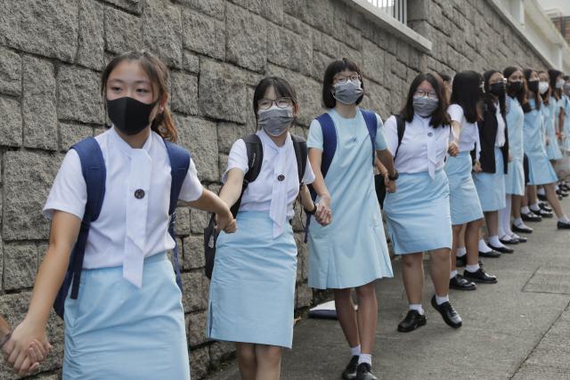 '中 닮아간다'…홍콩 23년만에 신용강등