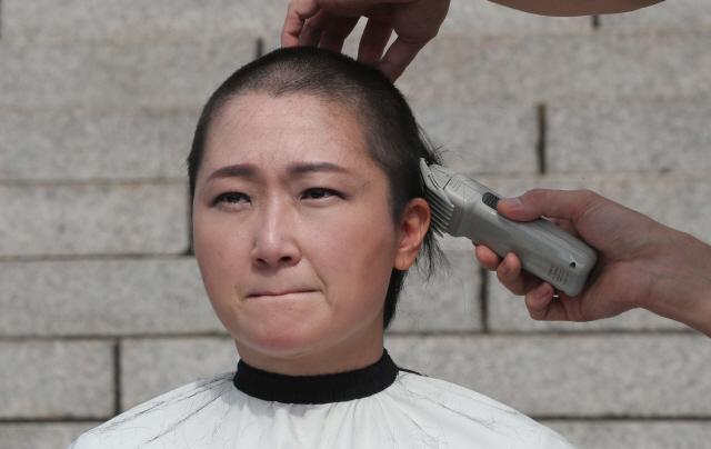 홍준표, 이언주 삭발에 '얼마나 아름답냐, 야당이 그 결기 반만 닮았어도…'