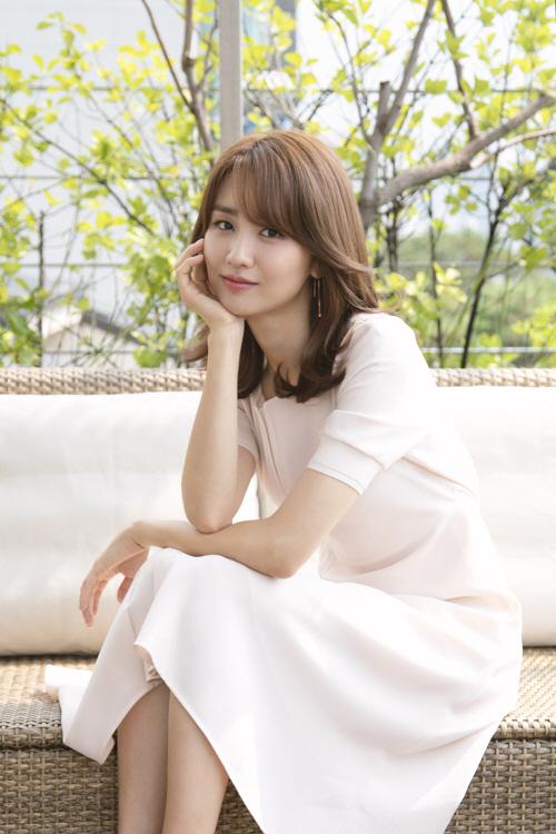 """[인터뷰] 박하선, """"누군가의 아내가 아닌 배우로 보였으면..."""""""
