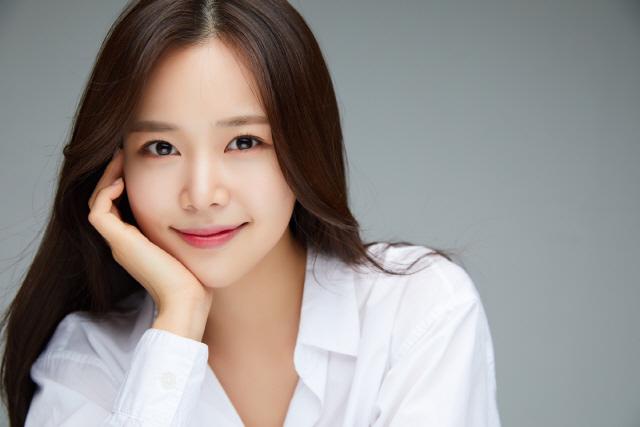 '미스트롯' 강예슬, 17일 신곡 '퐁당퐁당' 발표