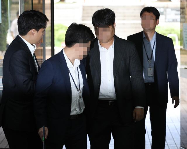 '조국 펀드' 운용사·투자사 대표 오늘 구속심사… 취재진엔 '묵묵부답'