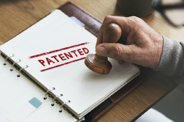 서비스 출시 앞둔 블록체인 업계…특허 경쟁 시작됐다