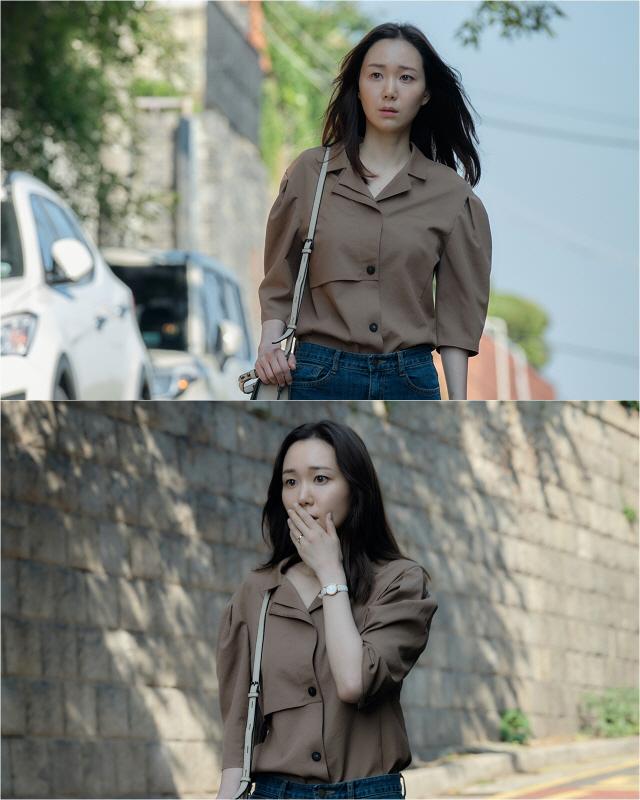 '모두의 거짓말' 이유영, 시선 사로잡는 시크릿, 첫 스틸 공개..의문스러운 분위기 궁금증 자극