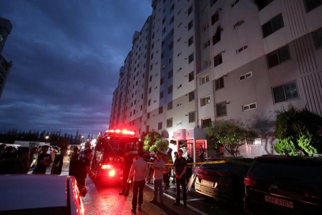 광주서 아파트 화재로 50대 부부 숨져