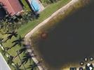 '구글어스' 보다가 찾은 호수 밑 차량, 알고보니 섬뜩