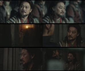 """'아스달 연대기' 조성하, 폭주한 장동건의 눈빛에 경악..""""왕의 눈이야"""""""