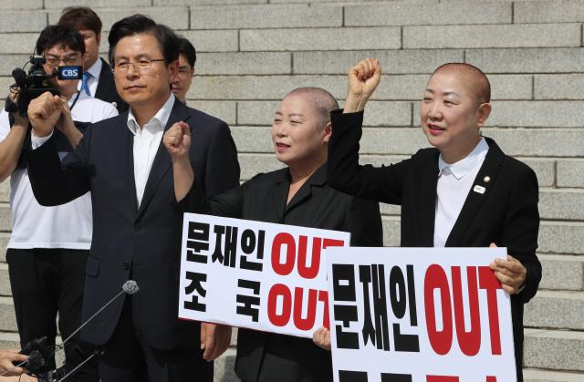 '삭발' 이어 '자정까지 농성' 예고한 황교안의 승부수, 통할까?