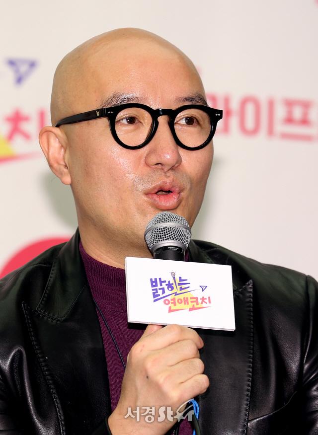 [전문] 레인보우리턴즈, 홍석천에 공개 반론