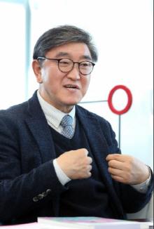 [단독] '리하우스' 무게 싣는 한샘…이영식 사장, 대표 겸한다