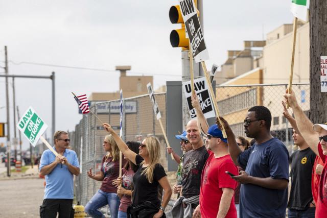 '트럼프, GM 파업사태 개입…오하이오 공장 재가동 종용'