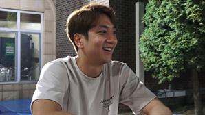 '뭉쳐야 찬다' 허재 아들 허훈, '아빠의 도전' 응원하러 깜짝 방문
