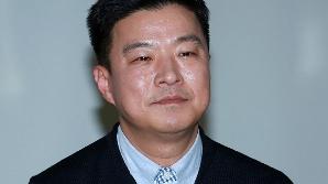 """[공식입장] 김생민, 1년 5개월 만 팟캐스트 오픈..소속사 측 """"공식 복귀 아냐"""""""