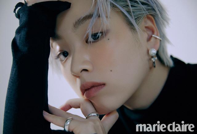 '메기' 이주영, 시크한 매력이 돋보이는 패션 화보 공개..'블랙 멋쁨'