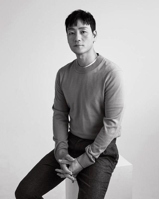 [인터뷰] '양자물리학' 박해수의 신나는 발걸음 ..사내답게 웃었다