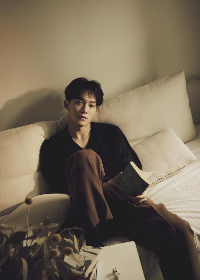 엑소 첸, '사랑하는 그대에게' 두 번째 하이라이트 메들리 영상 공개