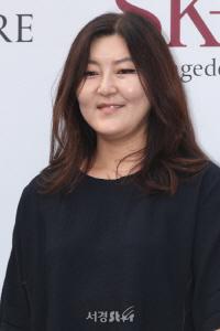 [시그널] 현빈 29억·한혜연 50억·윤종빈 79억…엔터계 뭉칫돈 몰리는 카카오M