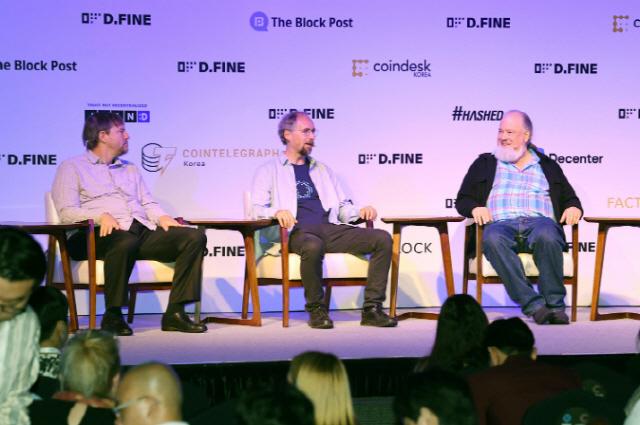 [D.FINE]'비트코인과의 경쟁은 제 살 깎아 먹기와 마찬가지'