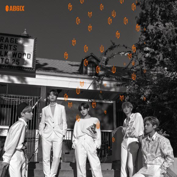 AB6IX (에이비식스), 첫 정규 앨범 '6IXENSE (식스센스)' 커버 아트워크 공개