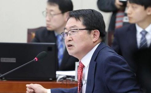 '통일해야 한다' 인식은 줄고 '북한 협력대상' 인식은 늘었다