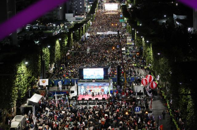 [영상]'무소불위 검찰 개혁'…조국 지지 촛불, 다시 타올랐다
