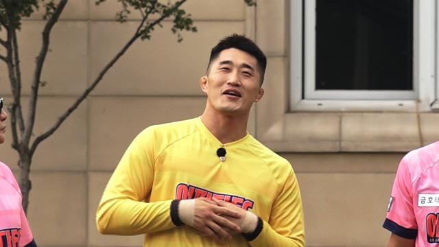 """'뭉쳐야 찬다' 김동현, 녹화 당일 아빠되다...""""모든 공 막을 수 있을 것 같다"""""""