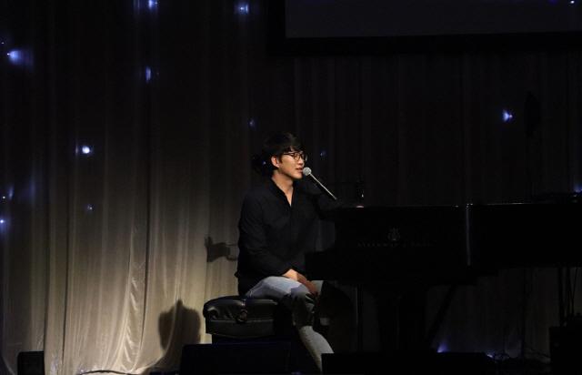 성시경, 11월 소극장 콘서트 '노래' 개최..'연말까지 열일ing'
