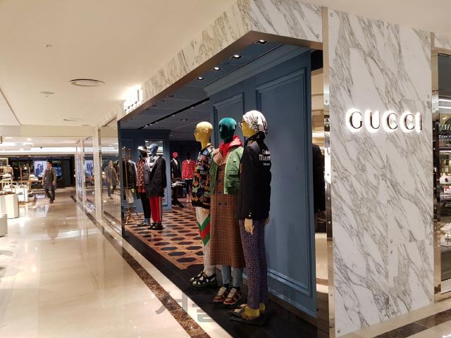 [소득양극화의 민낯]10대서 직장여성까지…유럽 초고가 패션이 삶의 일부로