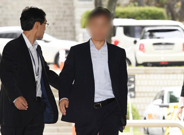 '버닝썬 경찰총장' 윤 총경 구속 갈림길