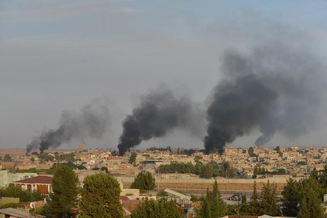 [글로벌인사이드]시리아 북동부에 1만여명 수감...'탈출 땐 IS 부활'