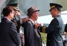 [사진] 6·25전쟁 전투 영웅에 무궁훈장 수여