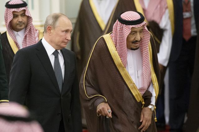 푸틴, 사우디 방문...'트럼프 고립주의' 틈타 중동서 광폭 행보