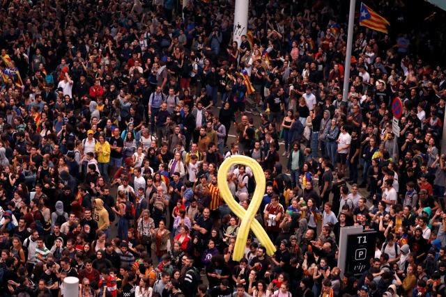 스페인 대법원, 분리독립 추진한 카탈루냐 지도부에 최고 13년형 선고