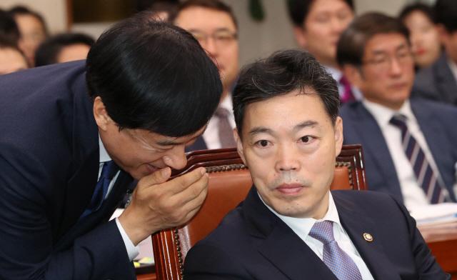 김오수 '검찰국장 자리는 검사가 계속'…'탈검' 의지있나