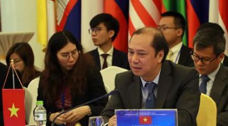 베트남, '남중국해 영유권 분쟁' 中에 강력 반발