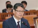 """北 깜깜이 축구·돼지열병 무응답에...김연철 """"책임감 느낀다"""""""