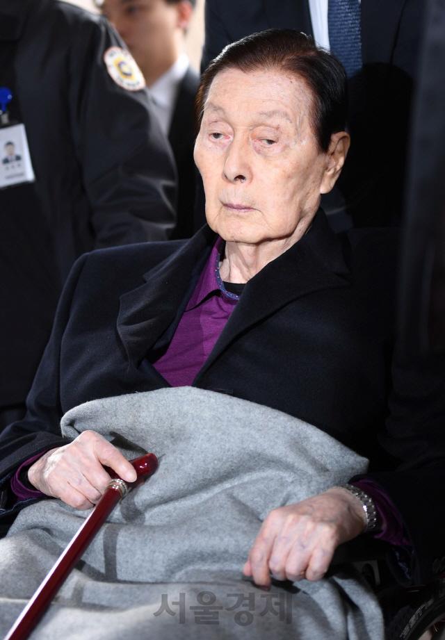 '징역 3년' 97세 신격호, 형 집행정지 신청