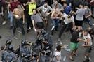 '왓츠앱 수수료'에 뿔난 레바논 시민...사흘째 반정부시위