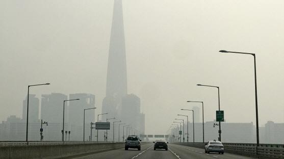 '중국發 미세먼지 또 한반도 덮친다'…오늘 올 가을 첫 '예비저감조치'