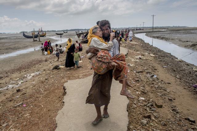 방글라데시, 로힝야족 난민 일부 외딴섬 수용 추진
