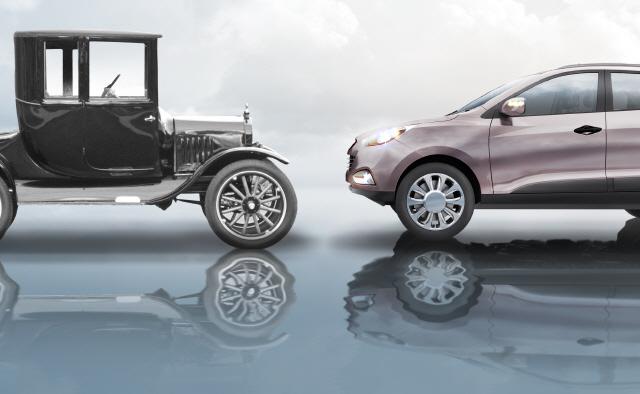 포드의 '세가지 車별화'…사치품을 생필품으로 바꾸다[최형섭의 테크놀로지로 본 세상]