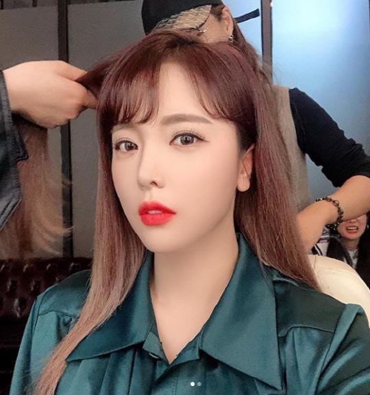 홍진영 '너무 예뻐서…' 빠져든다 빠져들어