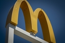 맥도날드, '직원과 사적 관계' CEO 해임